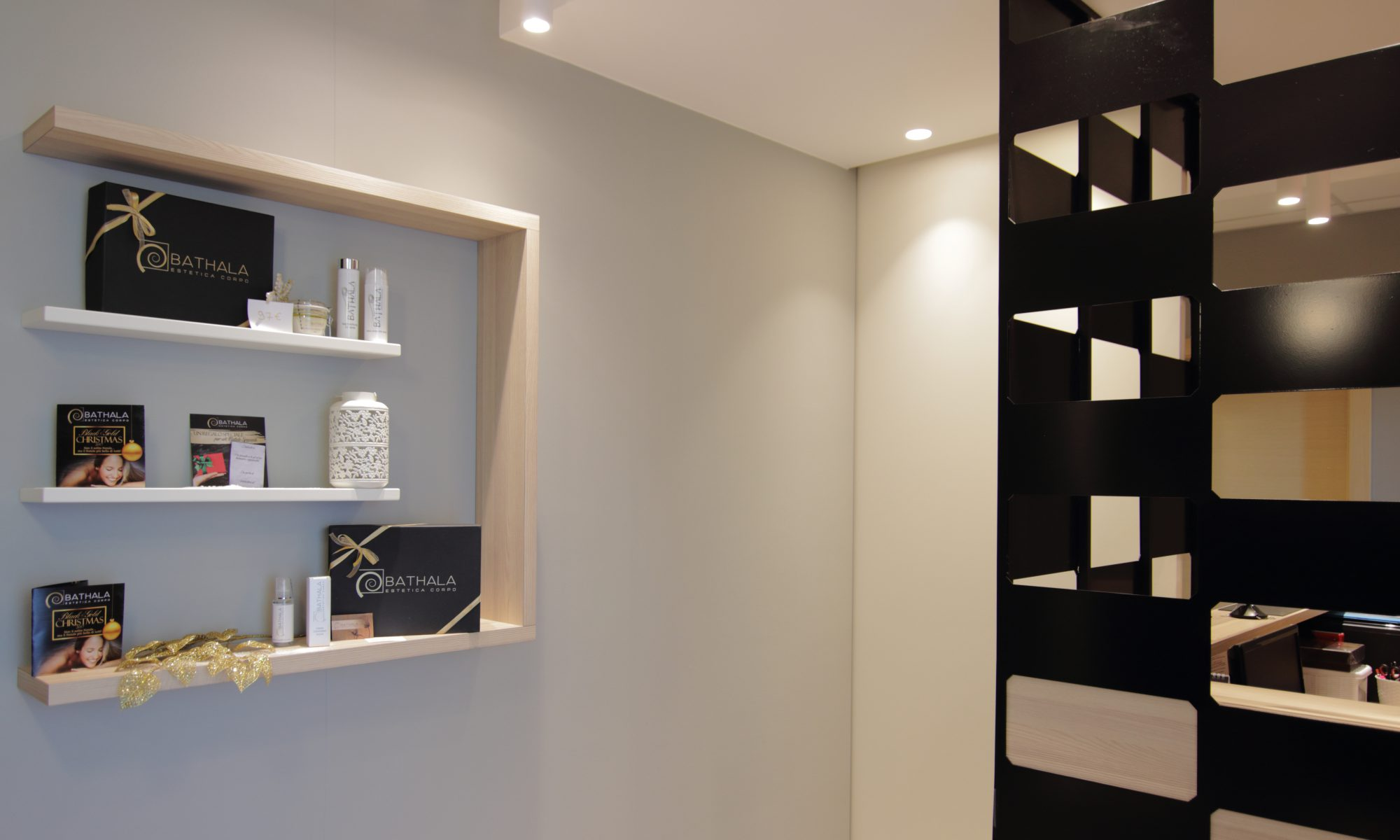 BATHALA centro estetico interior design modena
